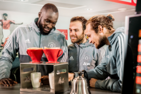 Romelu Lukaku, Juan Mata and Daley Blind prepare Melitta hand filtered coffee.